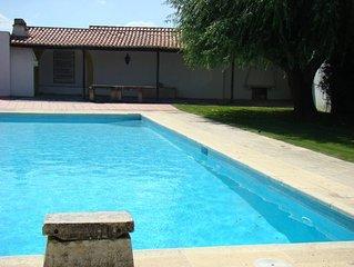 Casa de campo com piscina, 6 quartos com WC