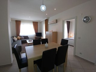 2Bed apartment - Close to Social Hub