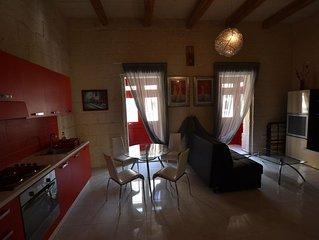 Sliema, casa con caratteristico balcone maltese, nel centro del turismo chic mal