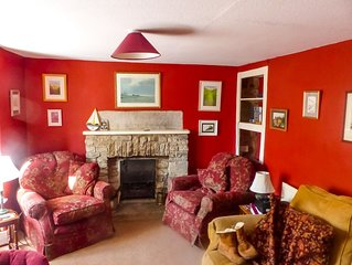 Beautiful seaside period cottage in the middle of Swanage, dogs welcome