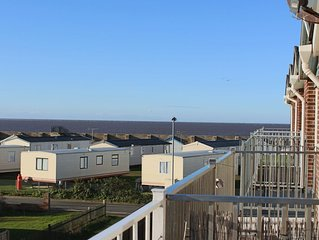 3 Bedroom, 2 Bathroom Property. Balcony with sea view based in Hunstanton.