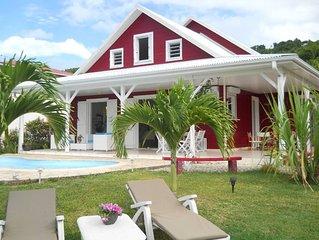 Presqu'ile de la Caravelle, villa cossue avec piscine , front de mer