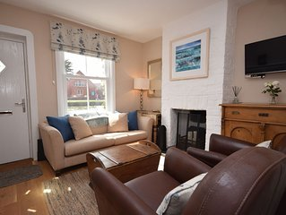 Compass Cottage , Emsworth  -  a cottage that sleeps 4 guests  in 2 bedrooms