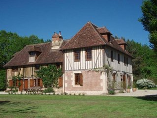 Manoir normand du 17e siecle - Gites de France 4 epis -Gites de Charme - Nature