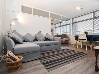 One Bedroom Apt with London Skyline View, London!
