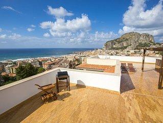 The best penthouse in Cefalu ( 140 mq of terrace)
