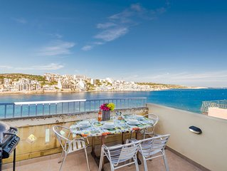 GetawaysMalta - Blue Harbour Seafront Penthouse in St Paul's Bay