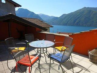 Authentiek Italiaans familie huis. Prive tuin en dakterras, zicht op Como meer.