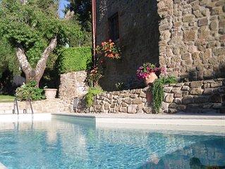 Appartamento in colonica- piscina privata - 2 persone  zona Gaiole - Chianti -