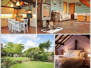 The Barn, Sleeps 13, Great Country Farm Location (MF)