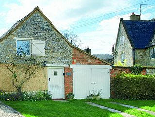 The Old Bothy is a detached cottage in the grounds of a 17th century Grade II li