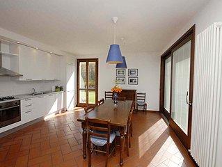Ideale per famiglie o piccoli gruppi, ampi spazi e giardino privato con bbq