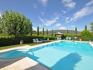 Apartment in San Gimignano with 1 bedrooms sleeps 2