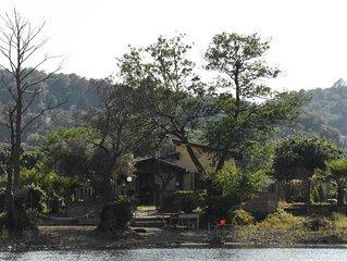 Villino indipendente con spiaggia privata sul lago
