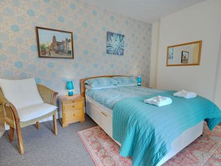 4 The Coach House -  a studio that sleeps 2 guests  in 1 bedroom