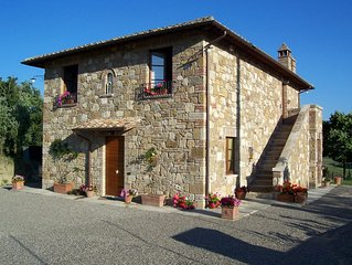 Four Bedroom Detached Villa Southern Tuscany   Villa Italy is a beautiful stone
