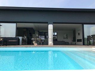 Villa d'Architecte avec piscine chauffee
