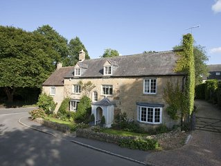 Wolds End House is an elegant period property on the edge of Chipping Campden.