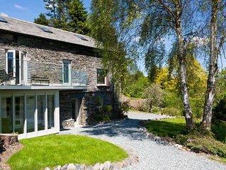 Birkwray Barn - Four Bedroom House, Sleeps 8