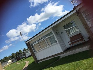 Child/ Dog friendly Chalet, Sunbeach, California sands, Great Yarmouth