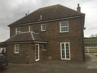 Lovely 2 bedroom peaceful Dorset apartment, horse stable hire possible to !