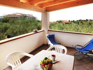 Case vacanze Sangeni - Appartamento n.6, al primo piano con ampia terrazza