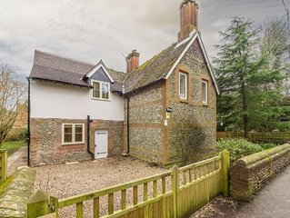 Previously a school house this property is surrounded by a fully enclosed garden