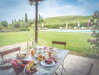 Eight Bedroom Private Villa Val d'Orcia   Villa Albert is a lovely country manor