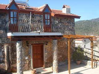 Ilkim Ev - Sample life in a traditional but modernised simple Turkish cottage