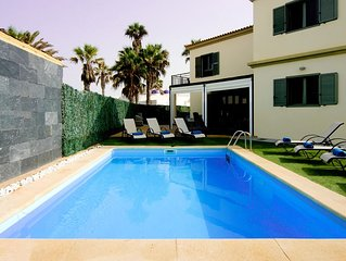 Villa With Sea Views, 5 Bed With Private Heated Pool And Enclosed Garden
