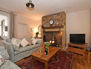 Charming Cottage in Alnmouth Village Close to Sandy Beach, WiFi, Open Fire