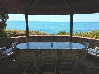 La Rotonda: appartamento in villa con terrazza sul mare e piscina