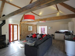 The Barn At Flintstone Cottages Near Chichester Goodwood Sleeps 4/6