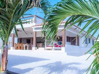 Caribbean Dream 6P Vacation Villa with Large Swimmingpool  on Safe Villapark