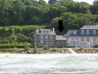 Maison face immense plage de St Efflam