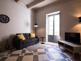 Spacious Valletta Center apartment in Malta with WiFi, integrated air conditioni