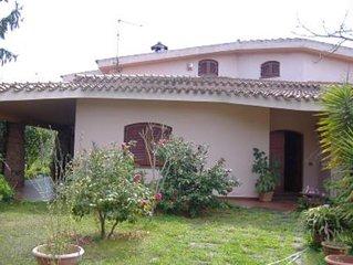 Casa con giardino a 200 mt dal mare di San Gemiliano Arbatax-Tortoli.