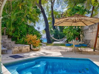A secluded townhouse located on a beautiful Barbados beach - Cook included