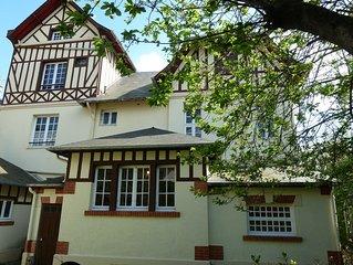 Grande villa normande familiale a cote de l'Hotel Royal