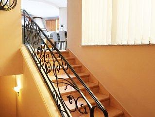 Very spacious and well-lit corner 3 bedroom apartment in Marsaxlokk, sleeps 6
