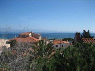 Casa con cortile a 100m dal mare