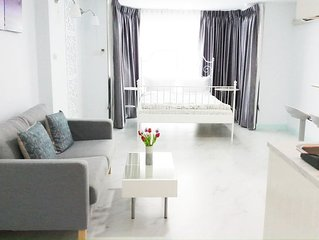 Immerse yourself in spirit of the city, Nimmanhemin Road, Fully furnished  condo