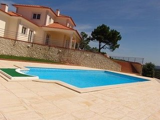 5 bedroom villa with private pool in Sao Martinho do Porto