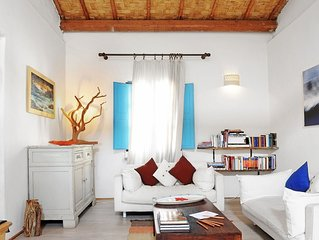 A meticulously renovated, typically Sardinian house in Cabras, on the west coast