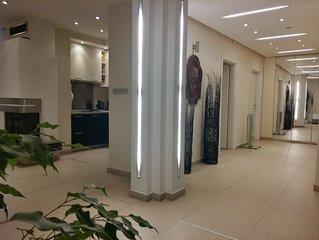 Sofia South Park apartment- massive, clean, modern!