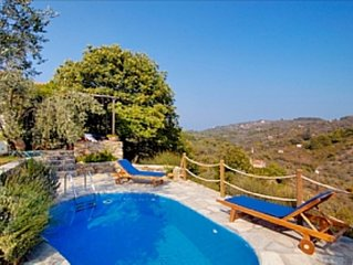 CHESTNUT TREE COTTAGE PRIVATE POOL PEACEFUL RURAL SETTINGS