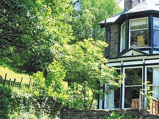 Brantfield Cottage - Three Bedroom House, Sleeps 6