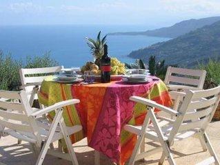 Casa in Pietra con piscina e giardino panoramico  MARE CELESTE CEFALÙ