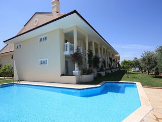 Luxury 3 Bed villa On The Beach With Spectacular Sea Views