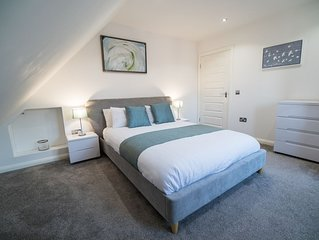 modern and stylish service, self catering accommodation in Falkirks town centre.